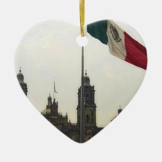 Catedral en el Zocalo del DF con la Bandera Mexica Christmas Ornament