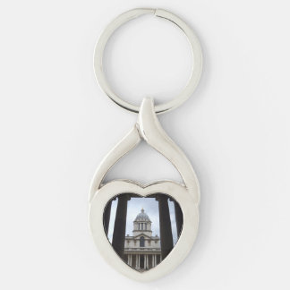 Cathedral Heart Keychain Silver-Colored Twisted Heart Key Ring