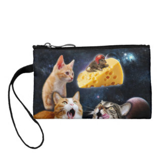 Cats and the mouse on the cheese change purse