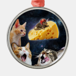 Cats and the mouse on the cheese Silver-Colored round decoration