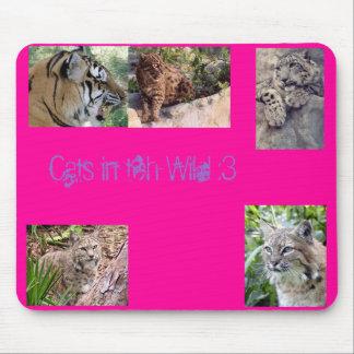 Catzz In teh wild <3 Mouse Pad
