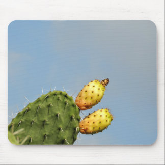 Caution spikes mouse pad