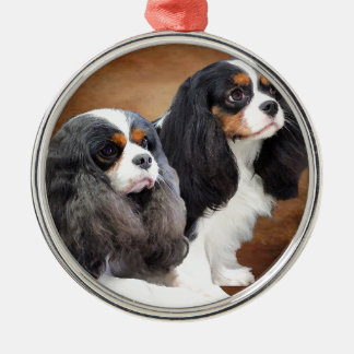 Cavalier King Charles Spaniel Silver-Colored Round Decoration