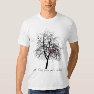 Ceci n'est pas un arbre tee shirt
