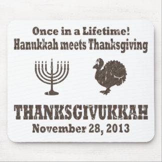 Celebrate Thanksgivukkah Vintage Design Mouse Pad