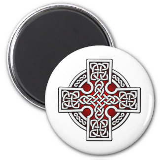 Celtic 4 way silver and red 6 cm round magnet