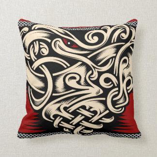 Celtic heart red black beige cushion
