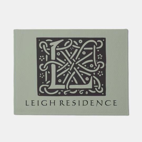 Celtic Knot Letter L Monogram with Family Name