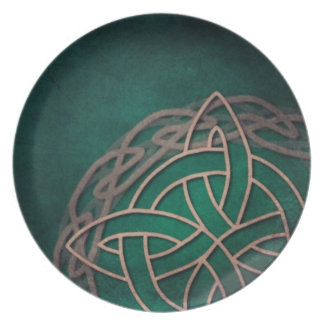 celtic knot on green background plate