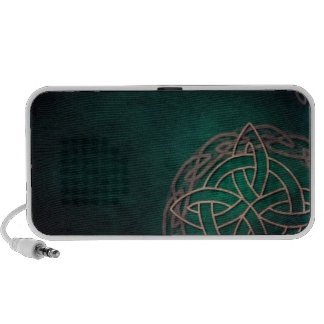 celtic knot on green background mp3 speakers