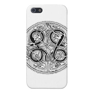 Celtic knotwork case for the iPhone 5