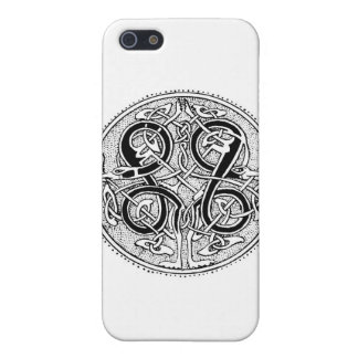 Celtic knotwork cover for iPhone 5/5S