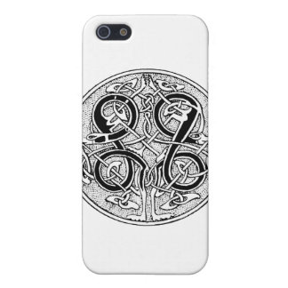 Celtic knotwork on any color case for iPhone 5/5S