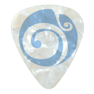 Celtic Shield II Pearl Celluloid Guitar Pick