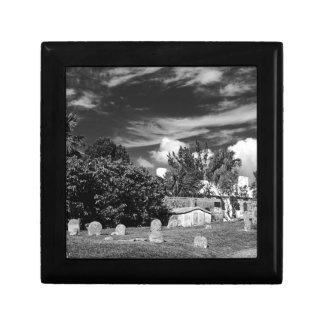 Cemetary-BermudaBW Small Square Gift Box