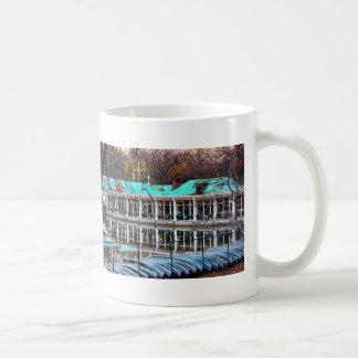 Central Park Rowboat Restaurant Boathouse Mug