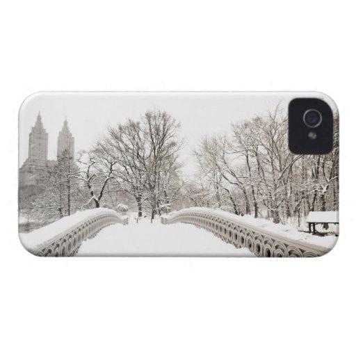 Central Park Winter Romance - Bow Bridge Case-Mate iPhone 4 Cases