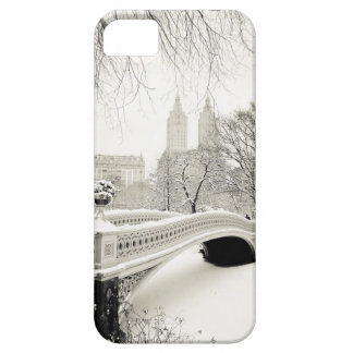 Central Park Winter - Snow on Bow Bridge iPhone 5 Cover