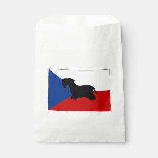 cesky terrier silo czech-republic flag.png favour bags