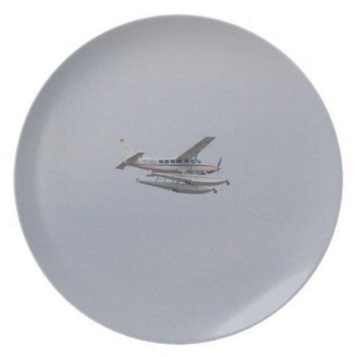 Cessna 208 Caravan Seaplane Party Plates