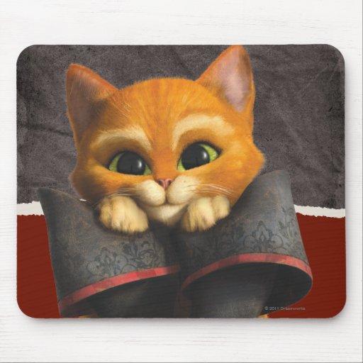 CG Young Puss Mousepad