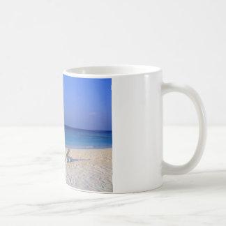 Chairs on the beach - customizable basic white mug