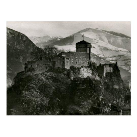 Château fort de Lourdes, France Vintage Postcard