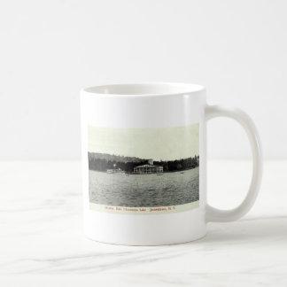 Chautauqua Lake, Jamestown NY 1909 Vintage Basic White Mug