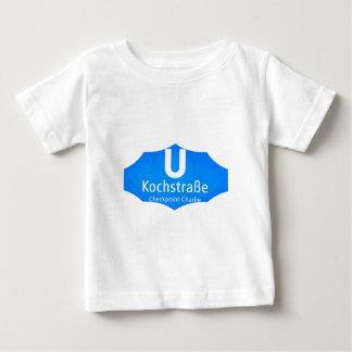Checkpoint Charlie, Kochstrabe, UBahn, Blue,/White T-shirt
