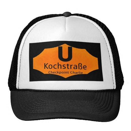 Checkpoint Charlie, Kochstrabe, UBahn, Orange,/Blk Hats