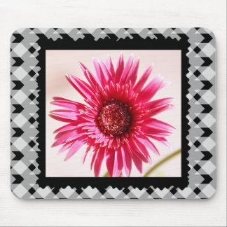 Cheery Pink Gerbera Daisy on Black/White Gingham Mouse Mat