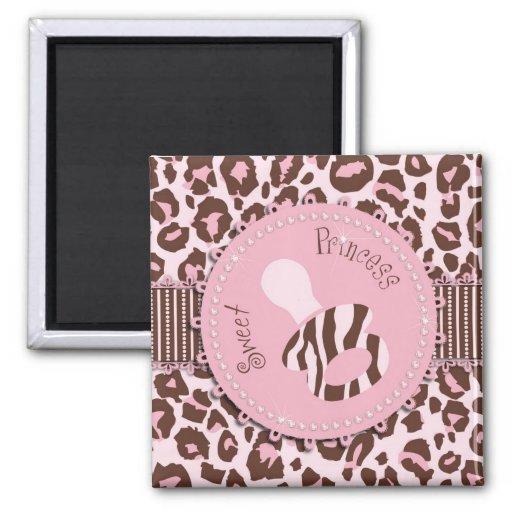 Cheetah Girl Magnet Pink B2