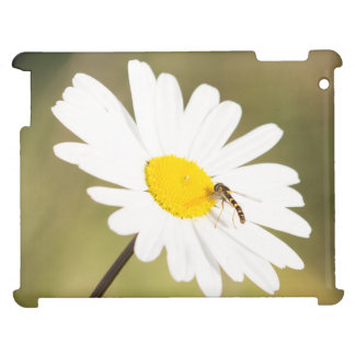 Chequered Hoverfly Case For The iPad 2 3 4