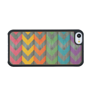 Chevron Pattern On Wood Texture Carved® Maple iPhone 5C Case