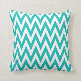 Chevronzag in Teal Cushion