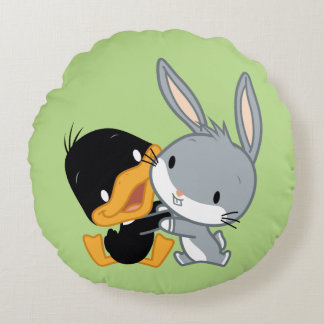 Chibi DAFFY DUCK™ & BUGS BUNNY™ Round Cushion