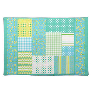 Chic Cloth Placemat: Daffodil Faux-Patchwork Placemat