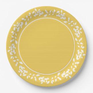 CHIC PANTONE 2017_PRIMROSE YELLOW/WHITE LEAVES 9 INCH PAPER PLATE