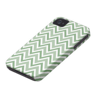 Chic pine green zigzag chevron pattern iPhone case