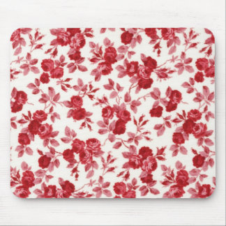 Chic Red Roses Mouse Pad