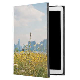 """Chicago as seen from Montrose Harbor's bird iPad Pro 12.9"""" Case"""