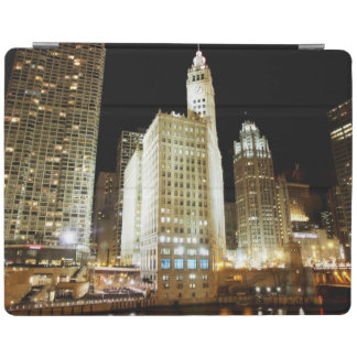 Chicago famous landmark at night iPad cover
