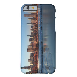 Chicago, Illinois skyline across a frozen Lake Barely There iPhone 6 Case