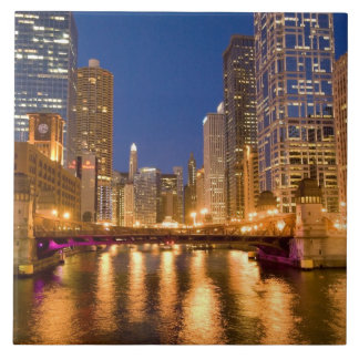 Chicago, Illinois, Skyline and Chicago River at Tile