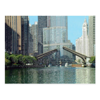 Chicago River Westward View Postcard