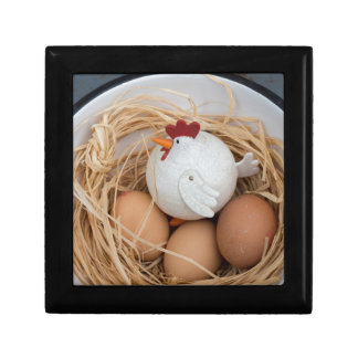 Chicken & eggs small square gift box