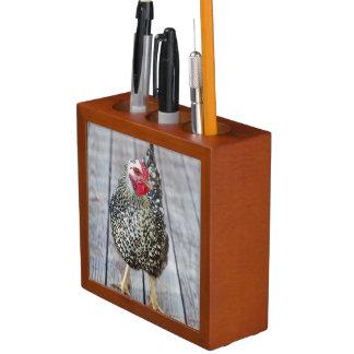 Chicken on wood deck, Silver Laced Wyandotte Desk Organiser