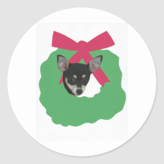 Chihuahua Holiday Wreath Round Sticker