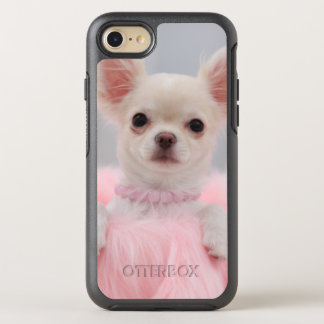 Chihuahua In Pink OtterBox Symmetry iPhone 7 Case