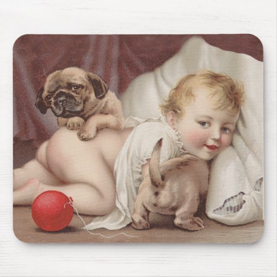 Child at play with pugs mouse mat